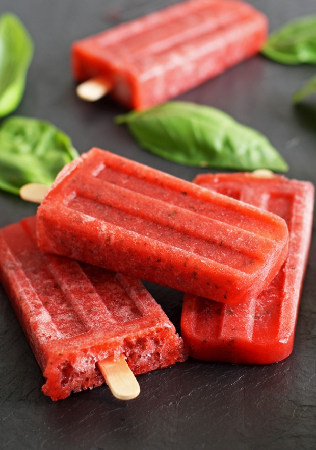 strawberry-basil-moscato-popsicles-6