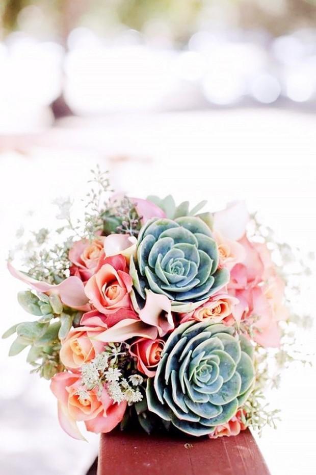 12-stunning-wedding-bouquets-that-went-crazy-on-pinterest-1723307-1459990832.640x0c
